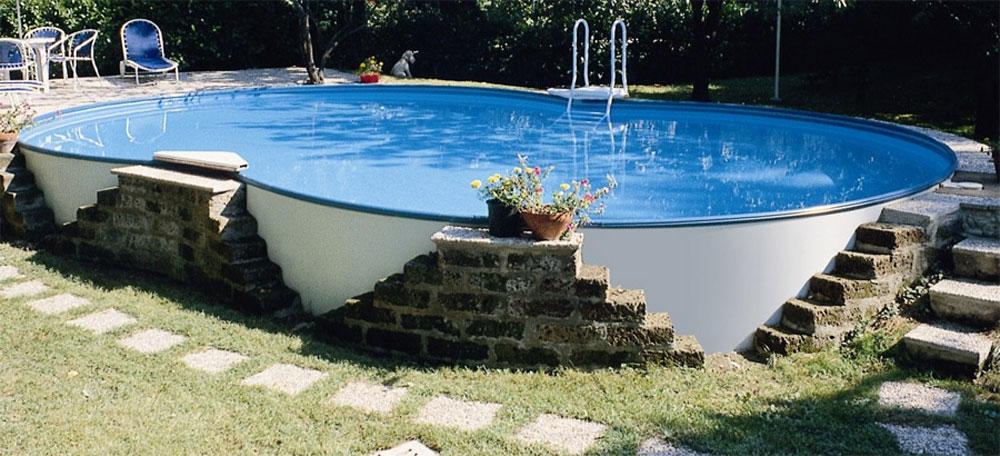 Piscina e sistemazione area giardino ippocampo for Sistemazione giardino